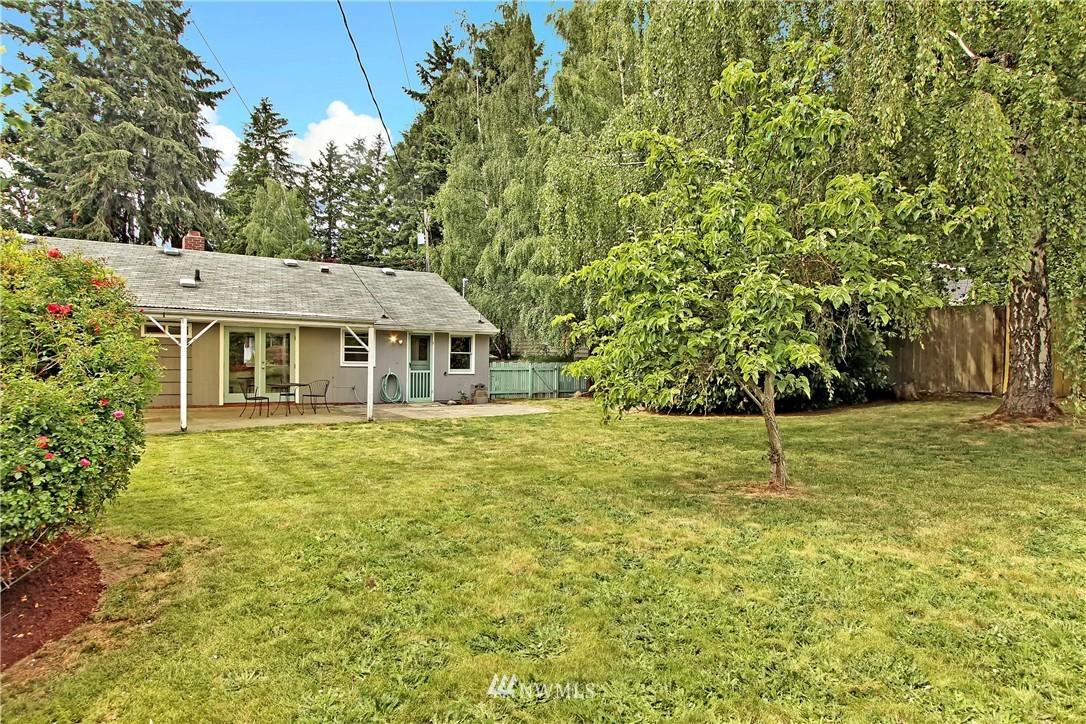Sold Property | 12512 2nd Avenue NE Seattle, WA 98125 15