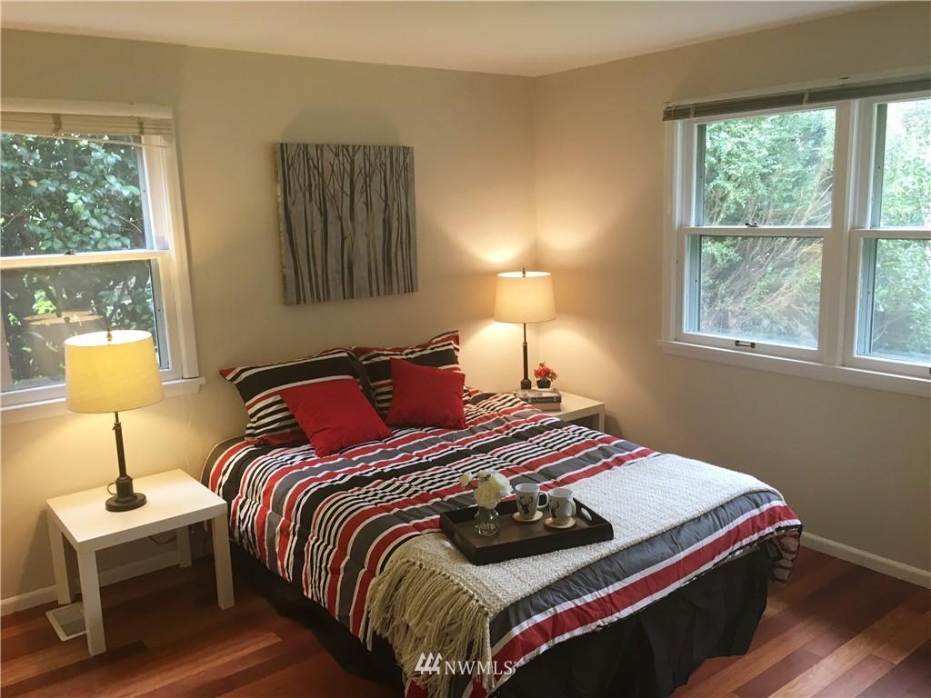 Sold Property | 12512 2nd Avenue NE Seattle, WA 98125 10