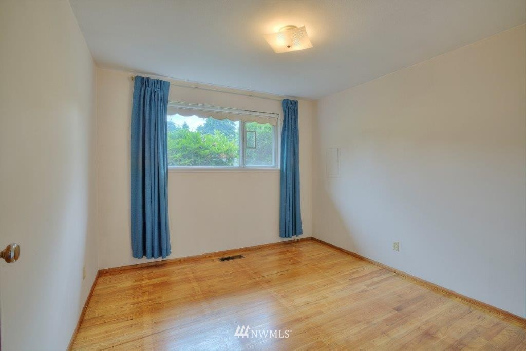 Sold Property | 18303 38th Avenue S SeaTac, WA 98188 6