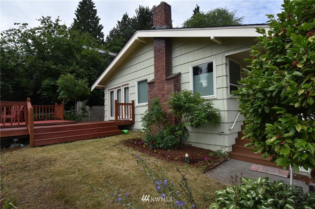 Sold Property | 9323 57th Avenue S Seattle, WA 98118 23