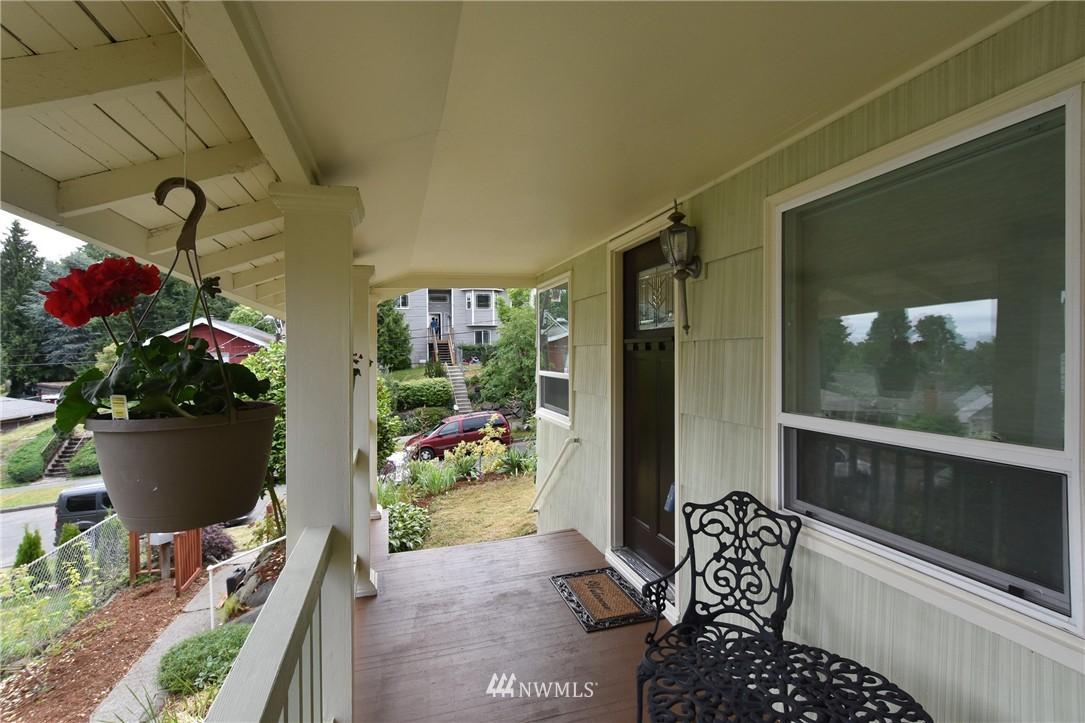 Sold Property | 9323 57th Avenue S Seattle, WA 98118 2