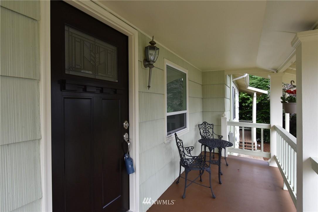 Sold Property | 9323 57th Avenue S Seattle, WA 98118 3