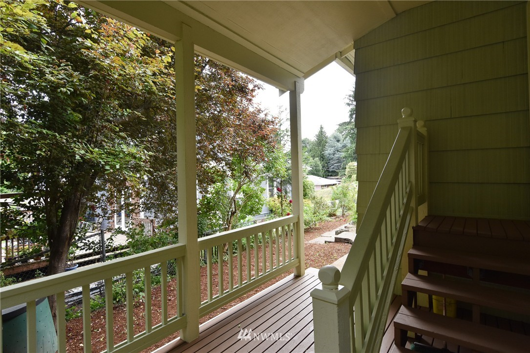 Sold Property | 9323 57th Avenue S Seattle, WA 98118 21