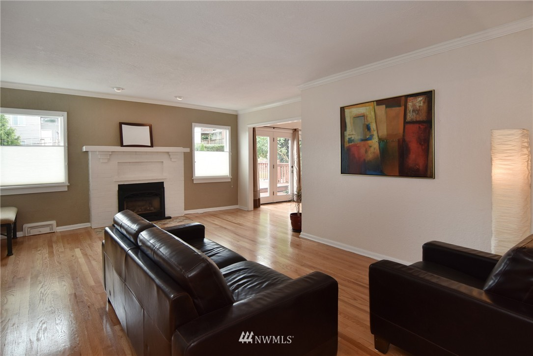 Sold Property | 9323 57th Avenue S Seattle, WA 98118 5