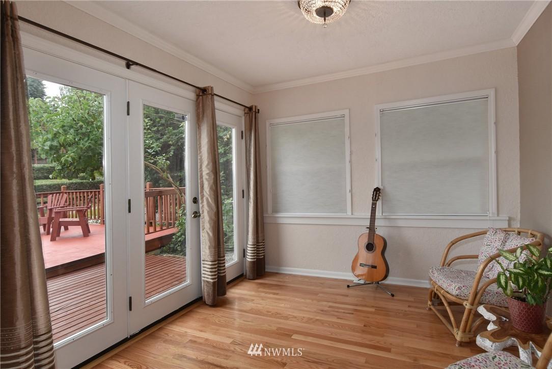 Sold Property | 9323 57th Avenue S Seattle, WA 98118 8