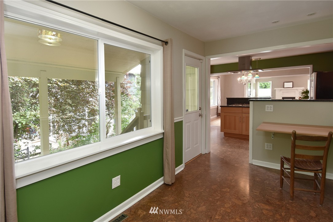 Sold Property | 9323 57th Avenue S Seattle, WA 98118 15