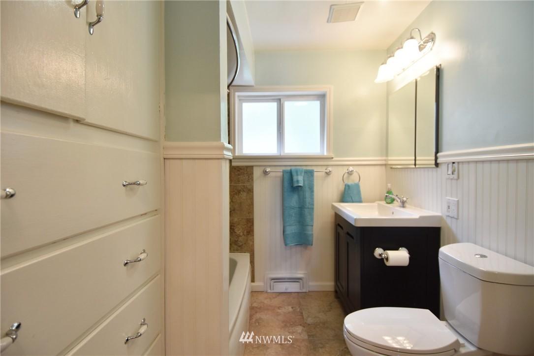Sold Property | 9323 57th Avenue S Seattle, WA 98118 16