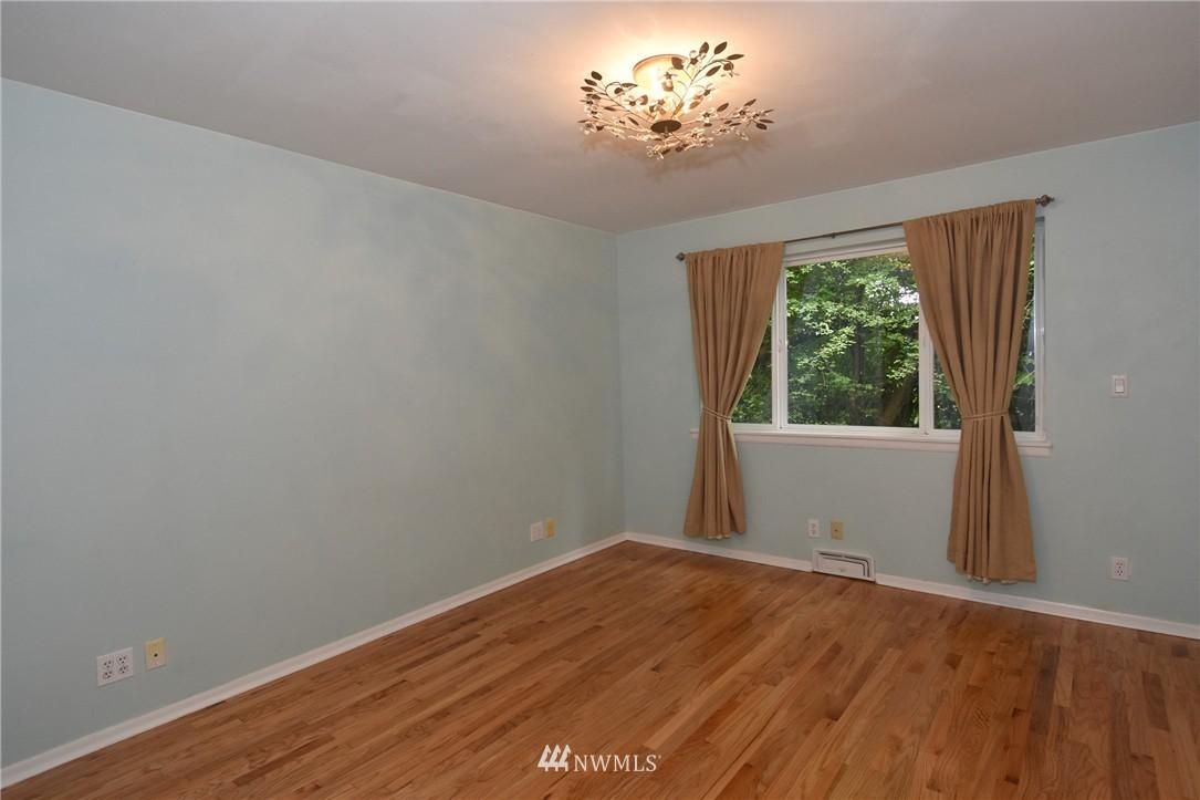Sold Property | 9323 57th Avenue S Seattle, WA 98118 17