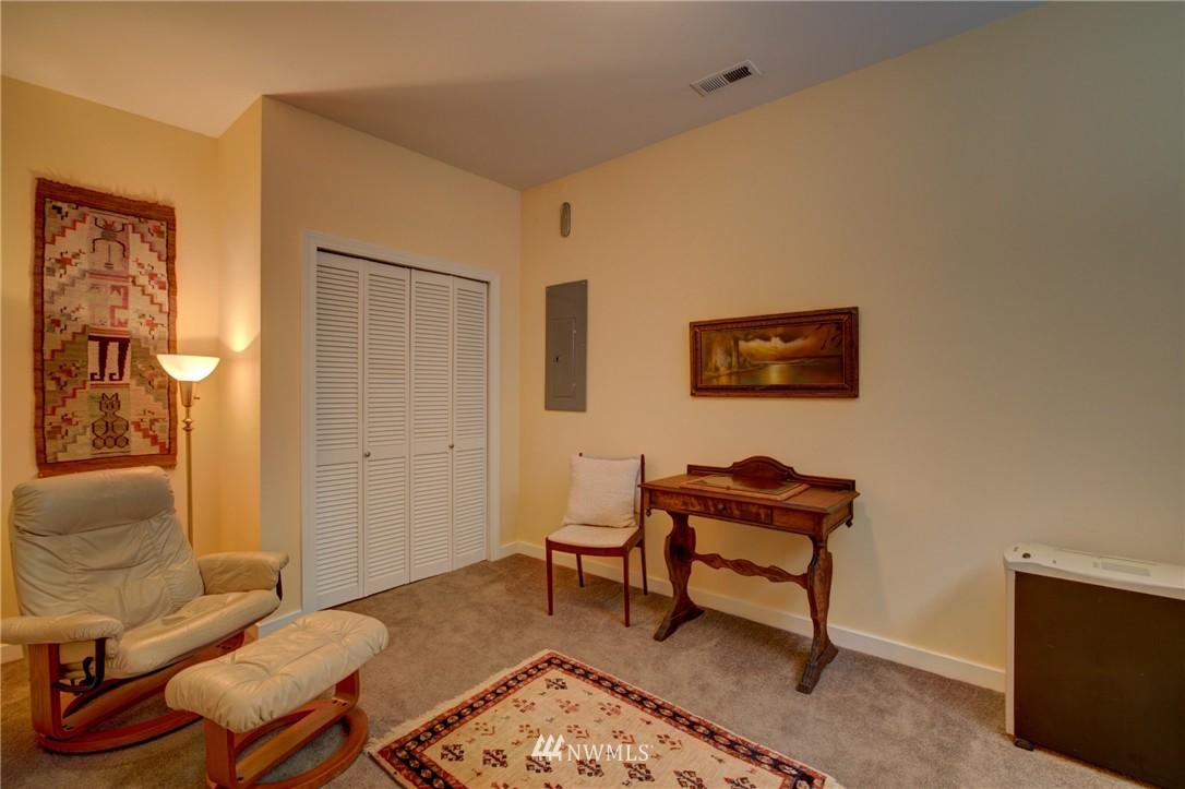 Sold Property   1214 NE 98th Street Seattle, WA 98115 18