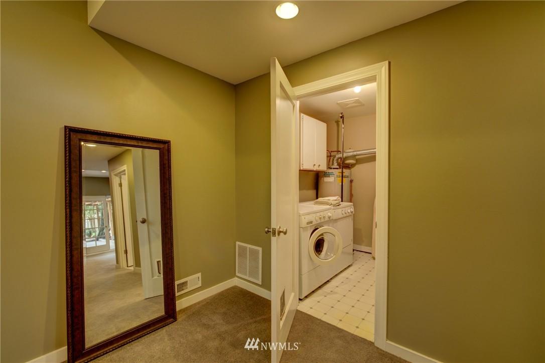 Sold Property   1214 NE 98th Street Seattle, WA 98115 20