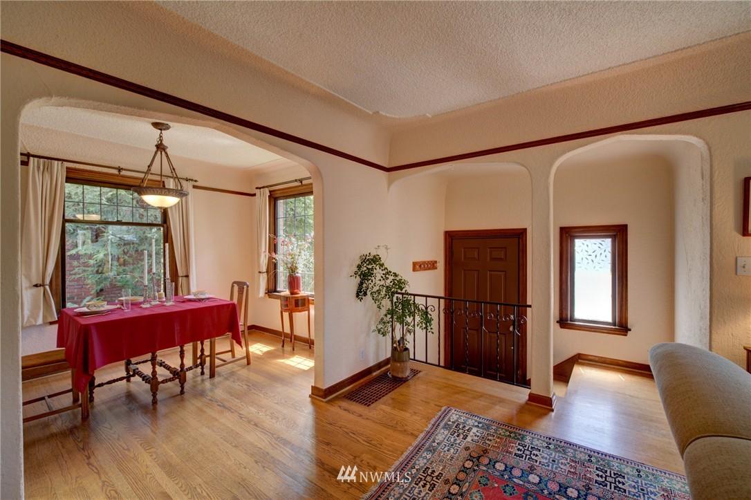 Sold Property   1214 NE 98th Street Seattle, WA 98115 7
