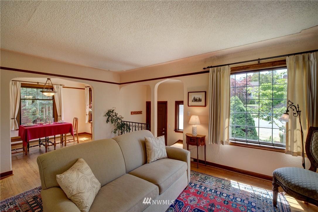 Sold Property   1214 NE 98th Street Seattle, WA 98115 3