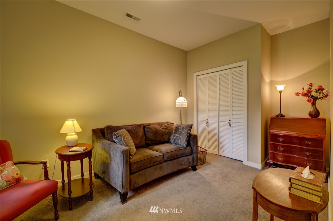 Sold Property   1214 NE 98th Street Seattle, WA 98115 17