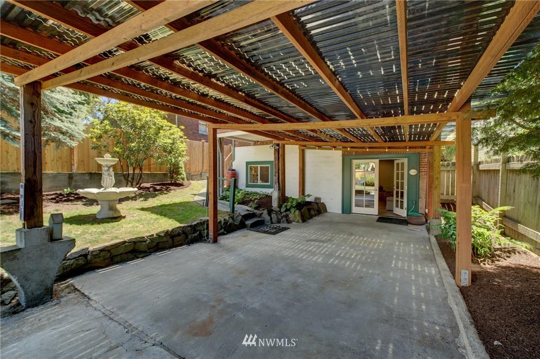 Sold Property   1214 NE 98th Street Seattle, WA 98115 24