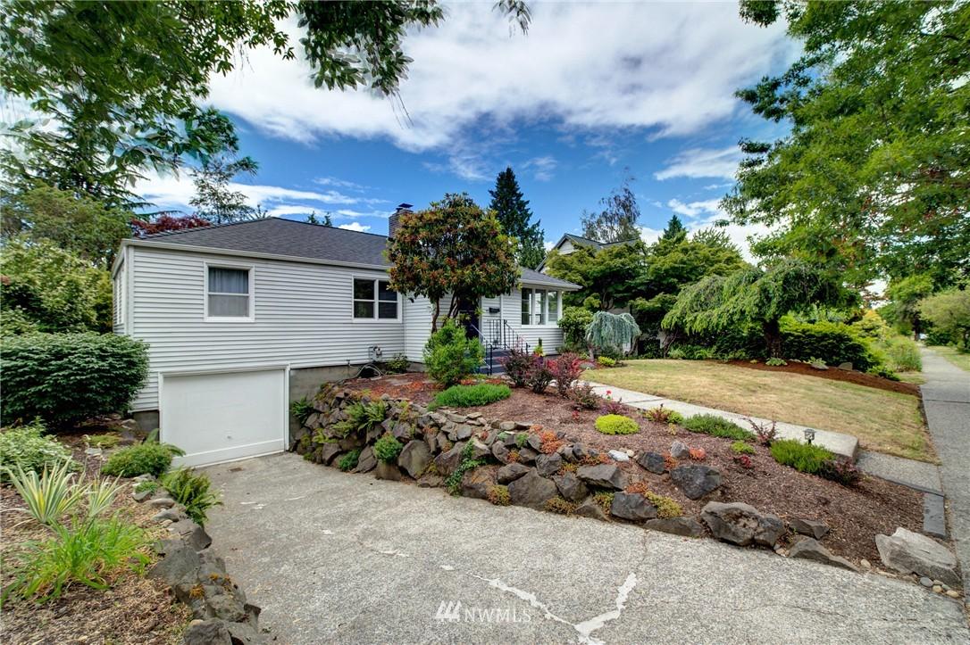 Sold Property   8027 40th Avenue NE Seattle, WA 98115 1