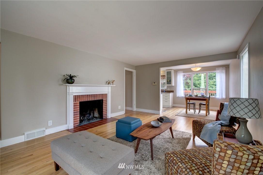 Sold Property   8027 40th Avenue NE Seattle, WA 98115 2