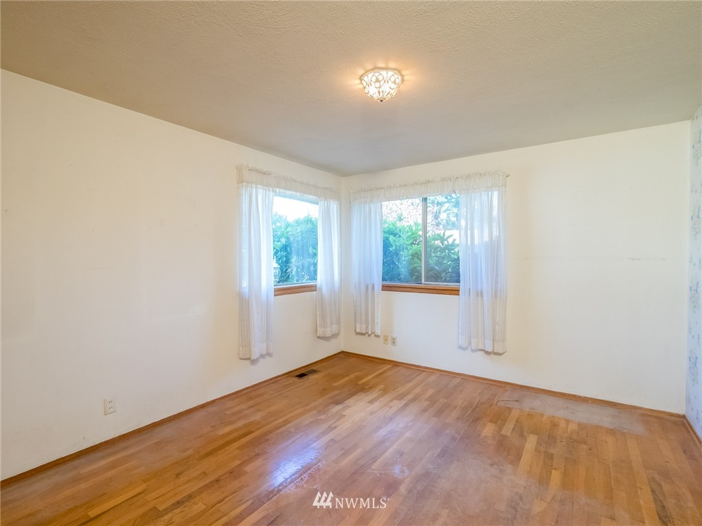 Sold Property   521 N 198th Street Shoreline, WA 98133 7