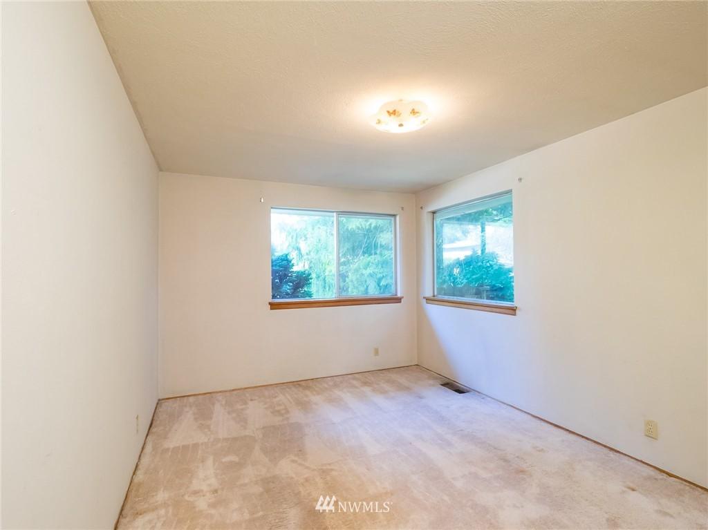 Sold Property   521 N 198th Street Shoreline, WA 98133 8