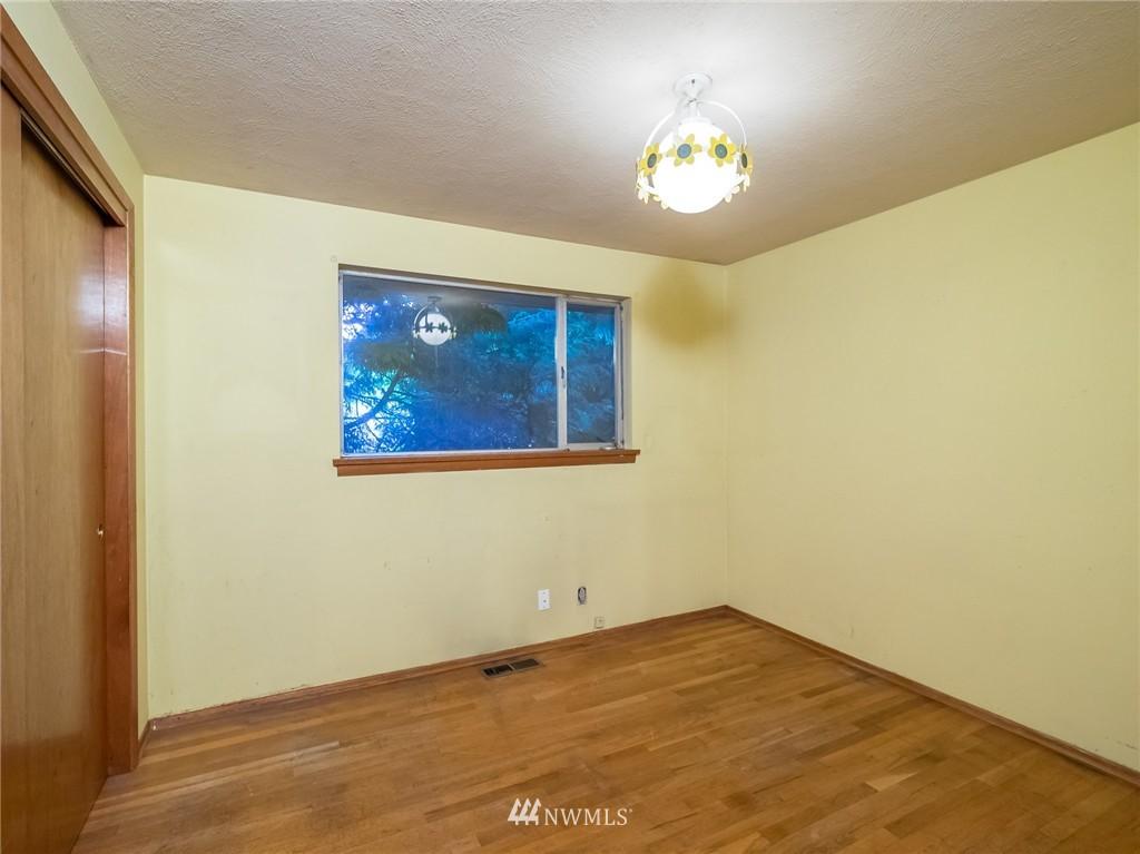 Sold Property   521 N 198th Street Shoreline, WA 98133 9