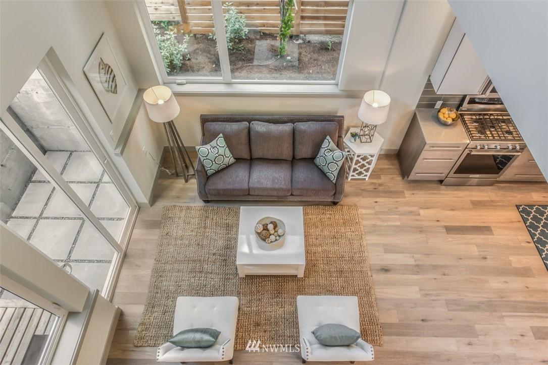 Sold Property | 4329 Woodland Park Avenue N Seattle, WA 98103 5