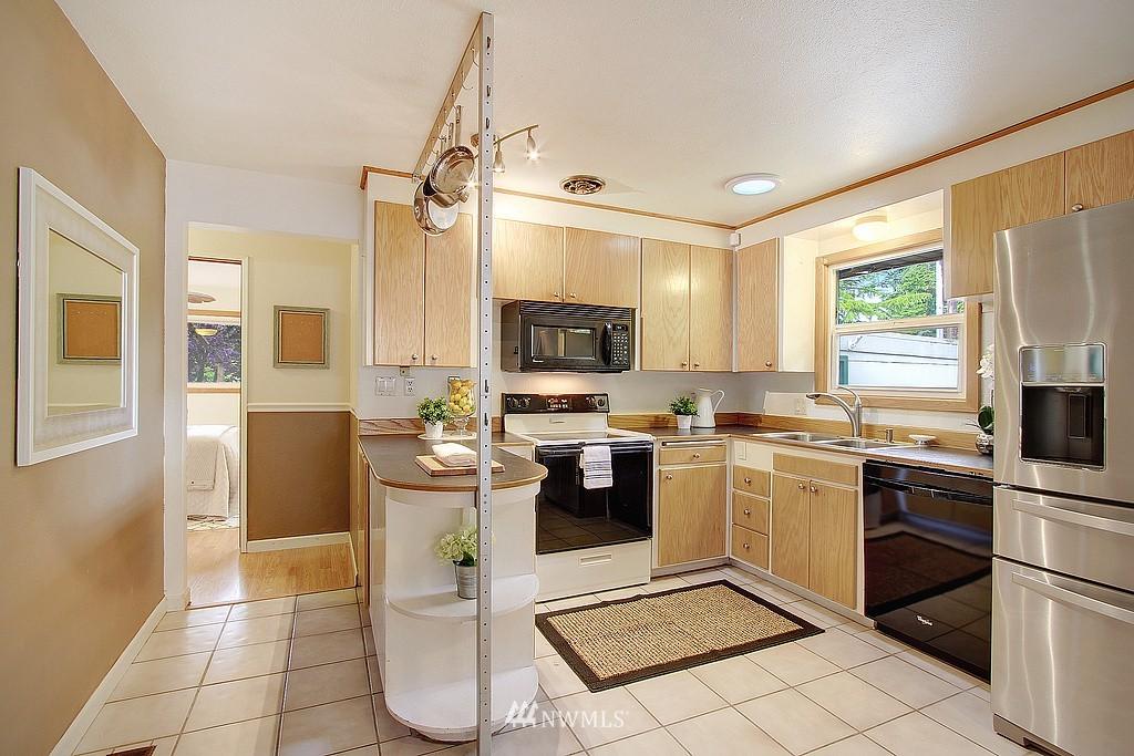 Sold Property | 7015 Morgan Road Everett, WA 98203 4