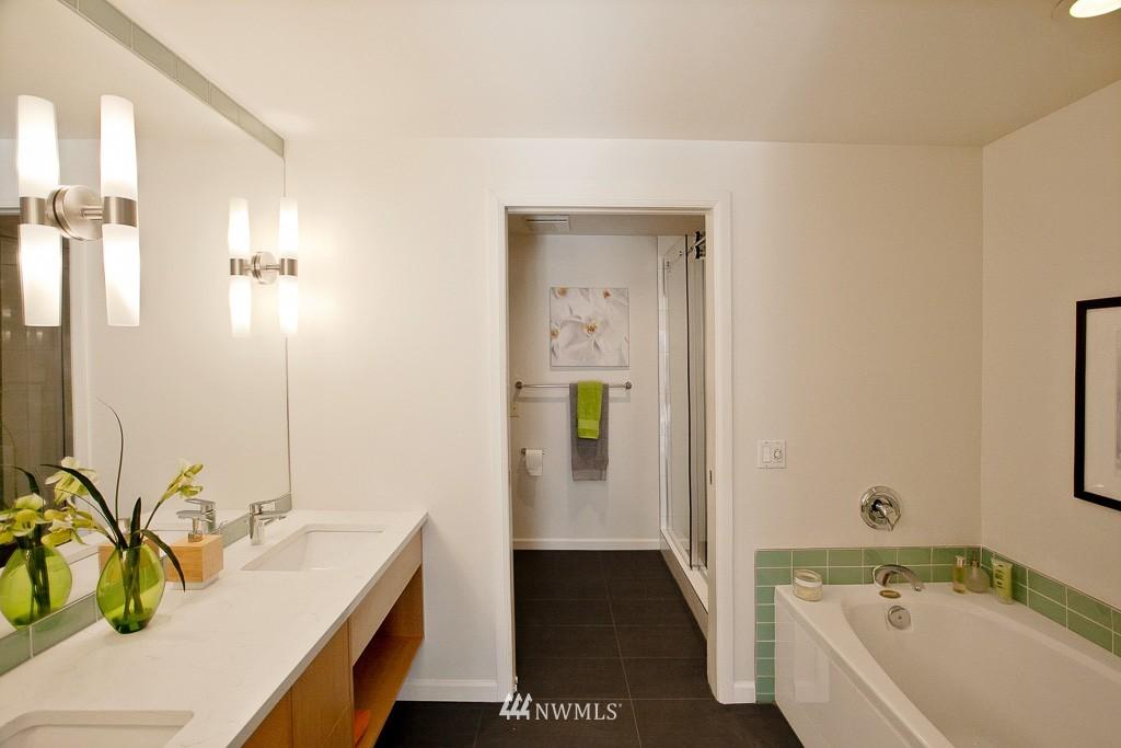 Sold Property | 3300 Meridian Avenue N #202 Seattle, WA 98103 10